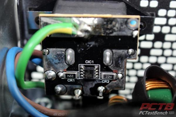 Fractal Ion+ 2 Platinum 860W PSU Review 4