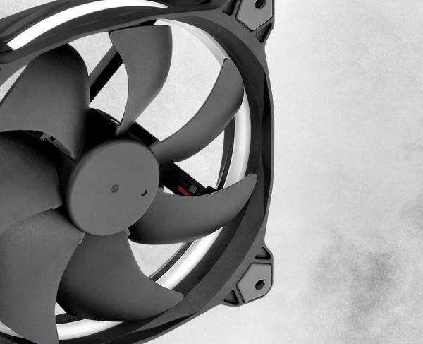 Thermaltake Toughpower GF1 1000W TT Premium Edition PSU Review 3
